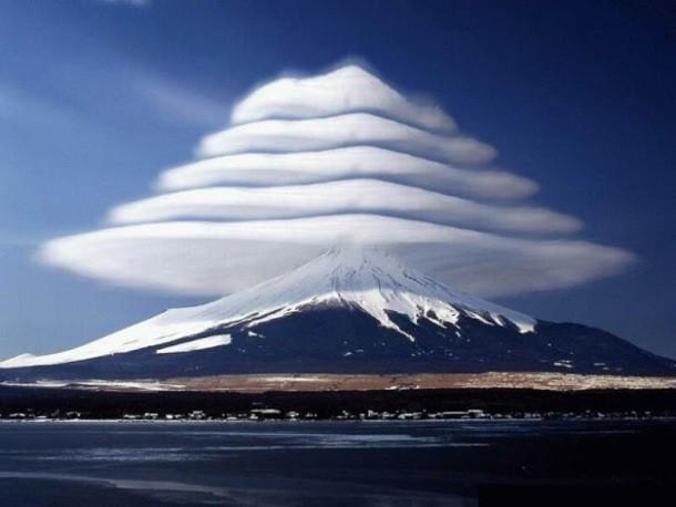 ابرهای کوه فوجی