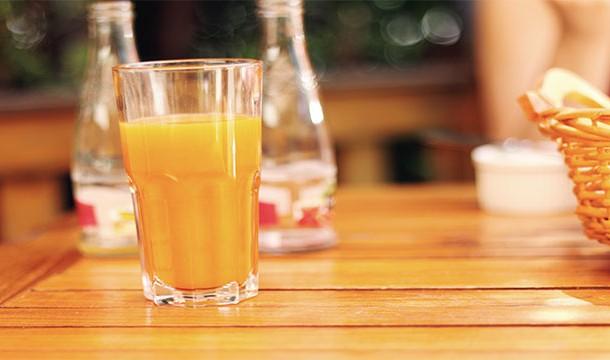 آب پرتقال سرماخوردگی را درمان می کند !