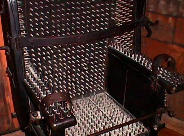 صندلی شکنجه