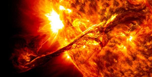 اندازه خورشید در برابر زمین