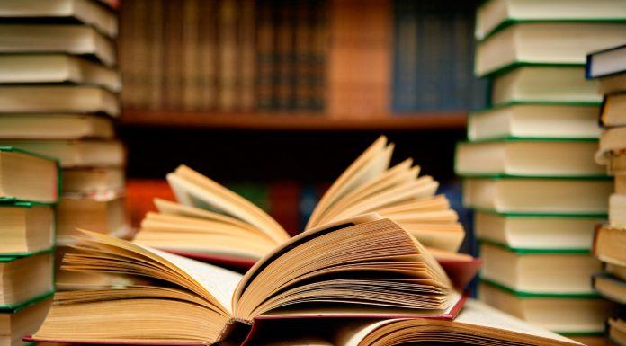 20 کتاب عجیبی که باور نمی کنید منتشر شده باشند