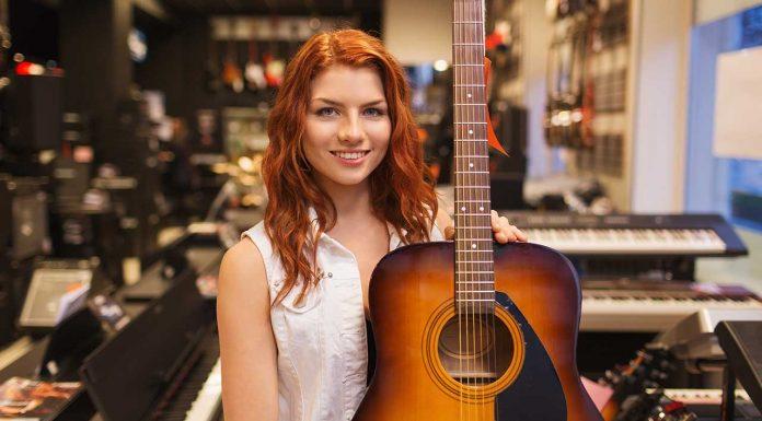 20 گیتار برتر برای افراد مبتدی تا حرفهای + خرید اینترنتی