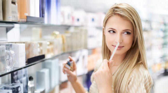 20 عطر زنانه برتر و محبوب مناسب برای هدیه به خانم ها + خرید اینترنتی