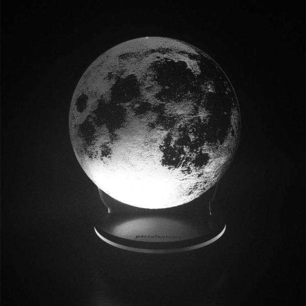 چراغ خواب پارسافن لیزر طرح کره ماه کد pn1