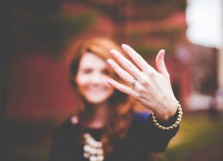 25 مدل انگشتر طلا مناسب برای هدیه به خانمها + خرید اینترنتی