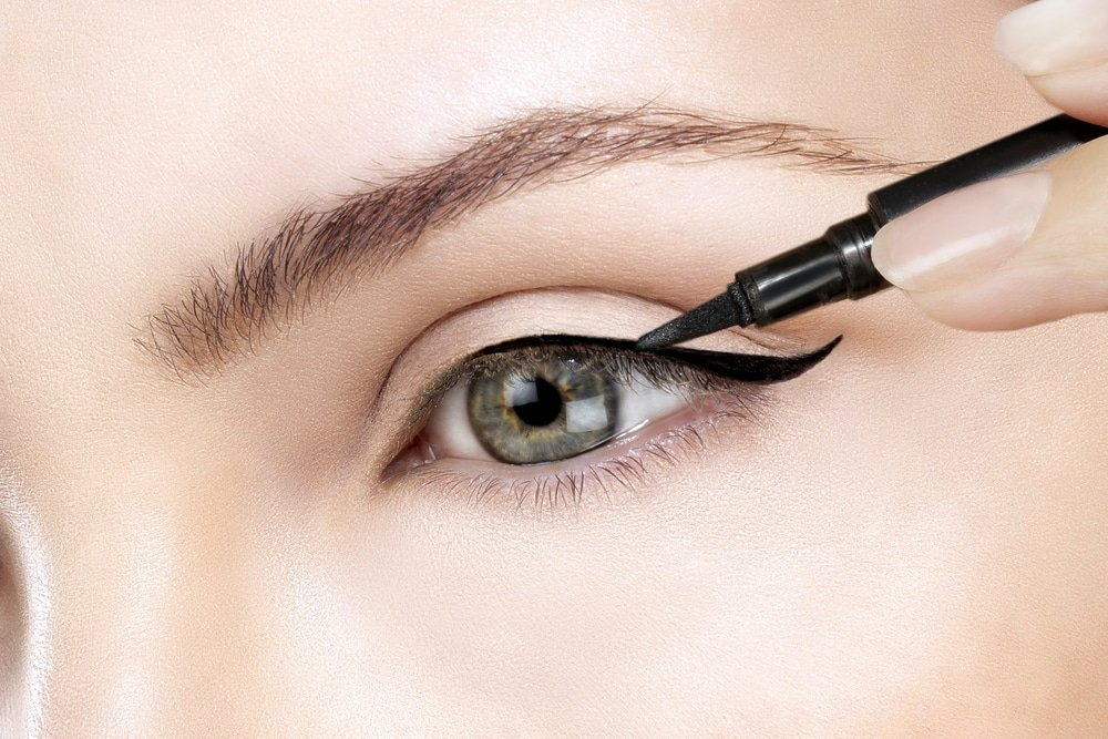 راهنمای خرید خط چشم